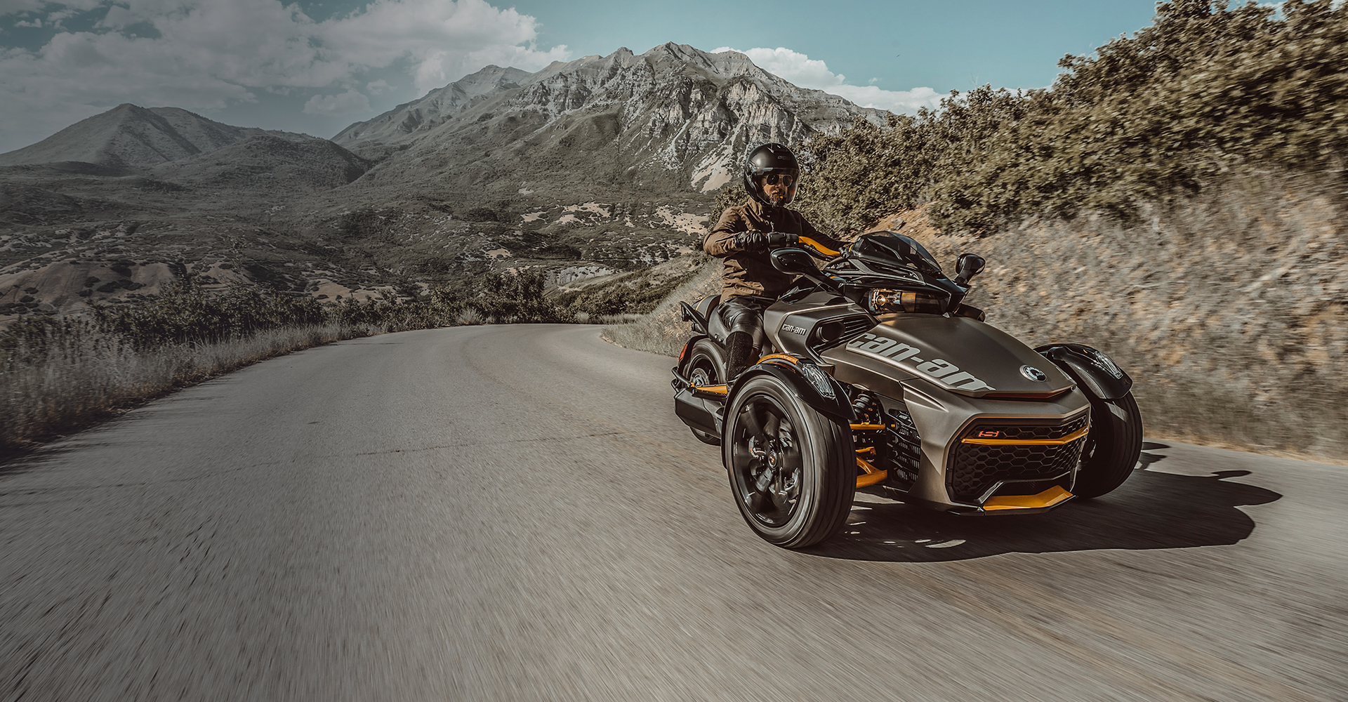 Canam On Road
